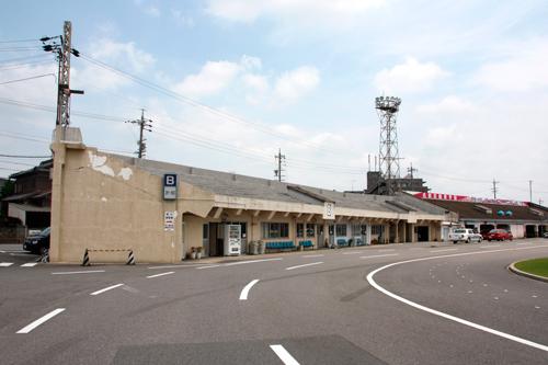 鳴海球場,日本プロ野球誕生の地,昭和の野球場,昔の野球場,伊吹スタンド,YAKYUJO.com